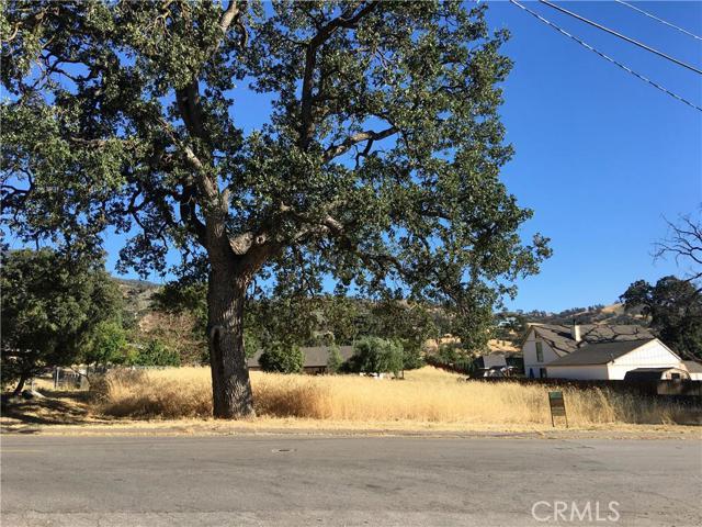 50 Lot Hialeah Drive, Stallion Springs CA: http://media.crmls.org/mediascn/8d98a0e9-5236-4ae1-bd8b-6c172dc76f32.jpg