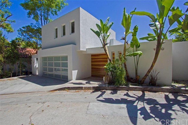 9340 Readcrest Drive, Beverly Hills CA 90210
