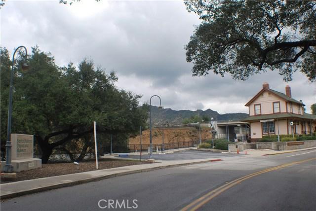 5832 Oak Knolls Road, Simi Valley CA: http://media.crmls.org/mediascn/8df00f0b-c0a3-4f3a-a070-c732f8406183.jpg