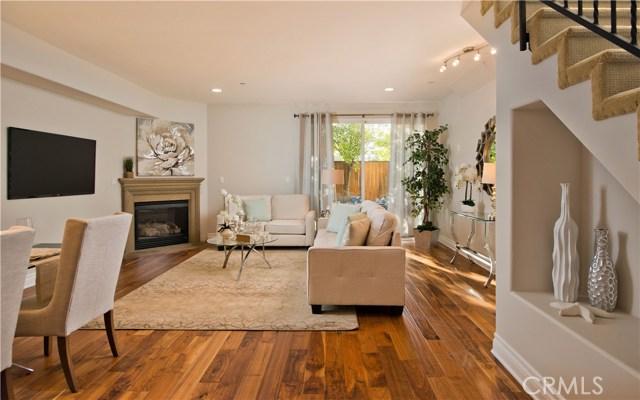 5753 White Oak Avenue Unit 14 Encino, CA 91316 - MLS #: SR18247632