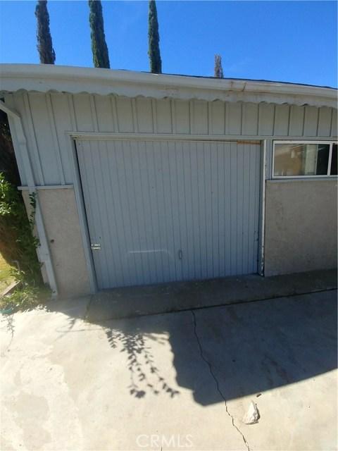 44621 Stanridge Avenue, Lancaster CA: http://media.crmls.org/mediascn/8e6948f0-110e-4ae3-92e7-8daa8a050e1a.jpg