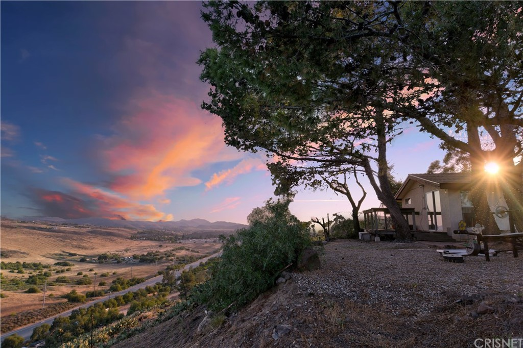 Photo of 815 TIERRA REJADA ROAD, Simi Valley, CA 93065