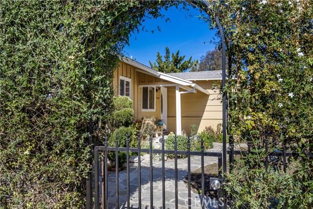 Photo of 5203 Alhama Drive, Woodland Hills, CA 91364