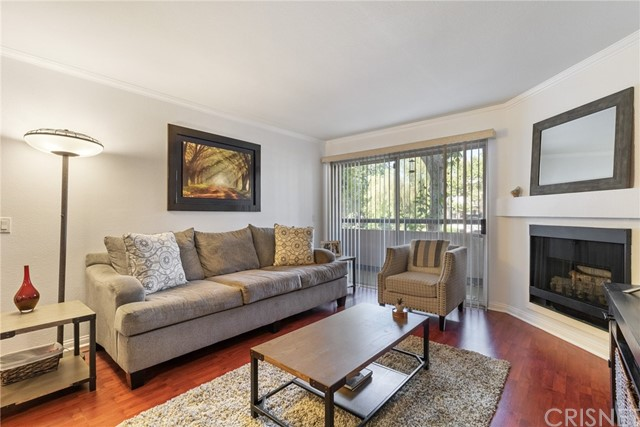 Photo of 5500 Owensmouth Avenue #129, Woodland Hills, CA 91367