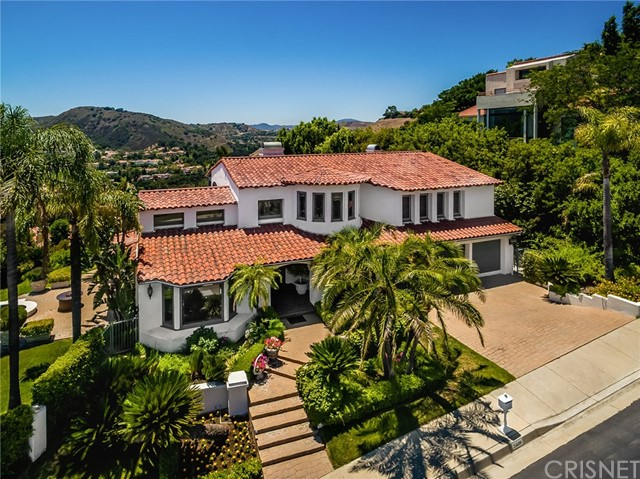 Photo of 24608 Cordillera Drive, Calabasas, CA 91302