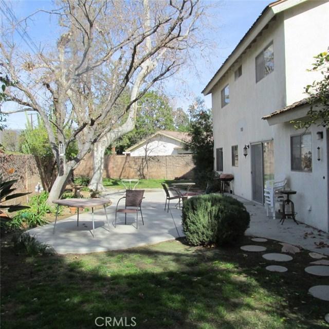 9679 Jumilla Avenue, Chatsworth CA: http://media.crmls.org/mediascn/8f806c2a-d8df-4837-91e6-282ba8460923.jpg