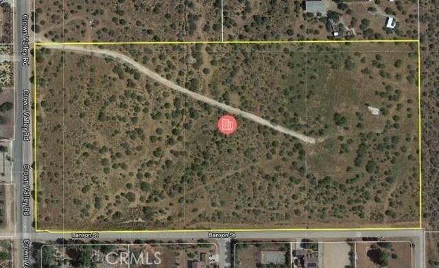33062 Crown Valley Road, Acton CA: http://media.crmls.org/mediascn/8f925c46-a9a0-4774-99b1-d25904b8f074.jpg