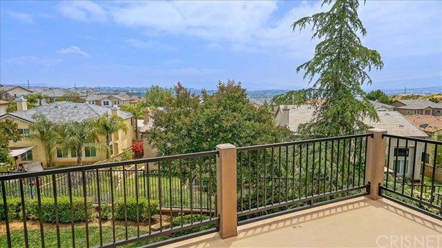 29234 Las Terreno Lane, Valencia CA: http://media.crmls.org/mediascn/8f9e5de1-689c-44a7-a2ad-435f8eb64733.jpg