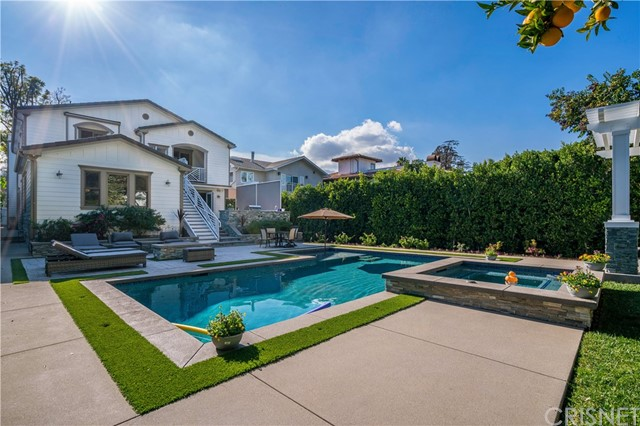 14953 SUTTON Street, Sherman Oaks, CA 91403