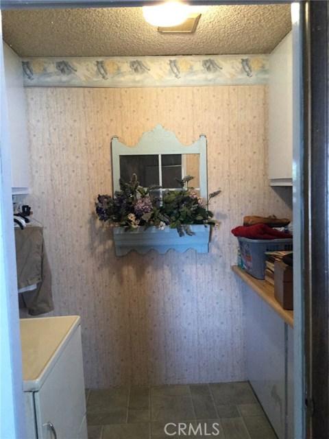 7614 Whitsett Avenue, North Hollywood CA: http://media.crmls.org/mediascn/8fbd4928-7e0c-443c-808a-8efe64a28e6a.jpg