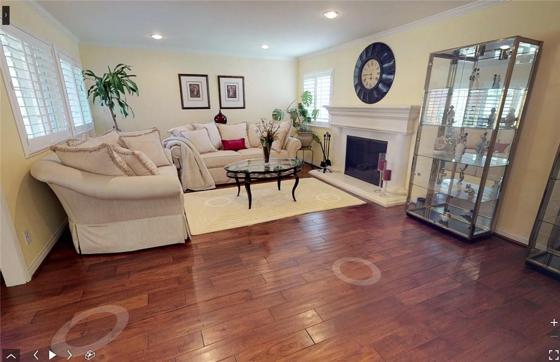 11725 Balboa Boulevard, Granada Hills CA: http://media.crmls.org/mediascn/8fcbfe7b-7bcc-470e-8f68-f11ee0285b09.jpg