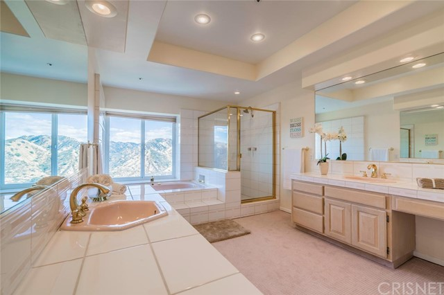 Additional photo for property listing at 57 Saddlebow Road 57 Saddlebow Road Bell Canyon, California 91307 United States