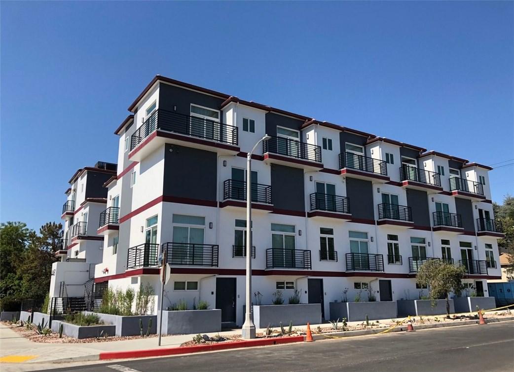 Property for sale at 4461 TUJUNGA AVENUE, Studio City,  CA 91602