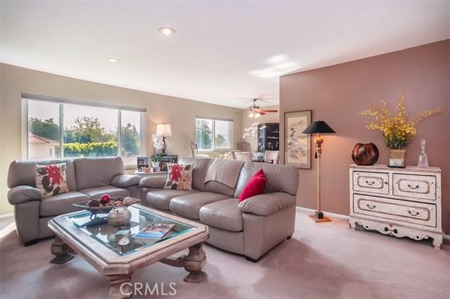 10707 Camarillo Street, Toluca Lake CA: http://media.crmls.org/mediascn/901f5ffb-b2dc-4004-9665-4a78ed799d4c.jpg