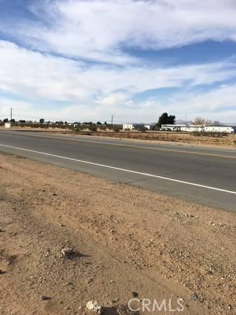 0 Bear Valley Road, Apple Valley CA: http://media.crmls.org/mediascn/903e3132-c95a-4c3b-9a82-cedab20aa474.jpg