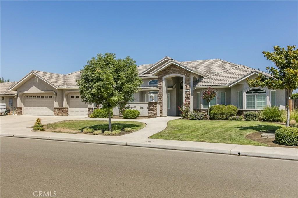 2923 ASHCROFT Avenue, Clovis, CA 93611