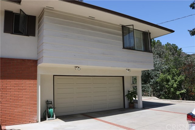 2128 Armour Place Glendale, CA 91208 - MLS #: SR18087151
