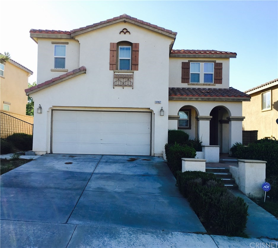 37457 PIPPIN Place, Palmdale, CA 93551