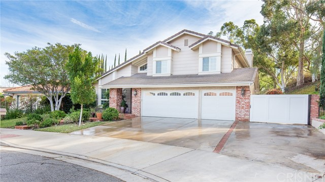 Single Family Home for Sale at 23742 Fitzgerald Street 23742 Fitzgerald Street West Hills, California 91304 United States
