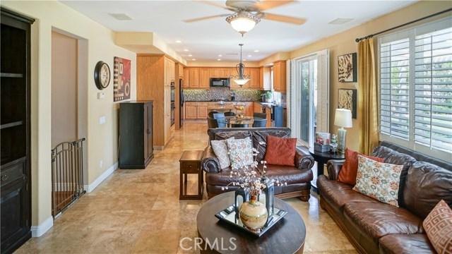 25938 Pope Place, Stevenson Ranch CA: http://media.crmls.org/mediascn/919e3a67-4098-499b-a634-8d070b8530af.jpg
