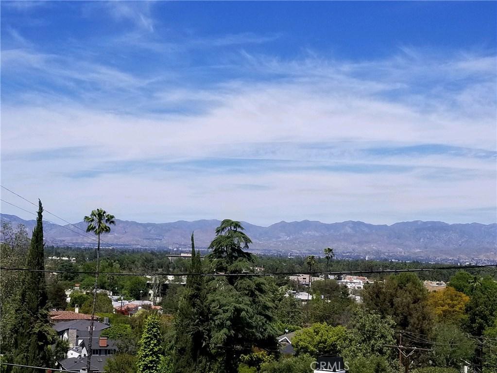 Photo of 13501 CONTOUR DRIVE, Sherman Oaks, CA 91423