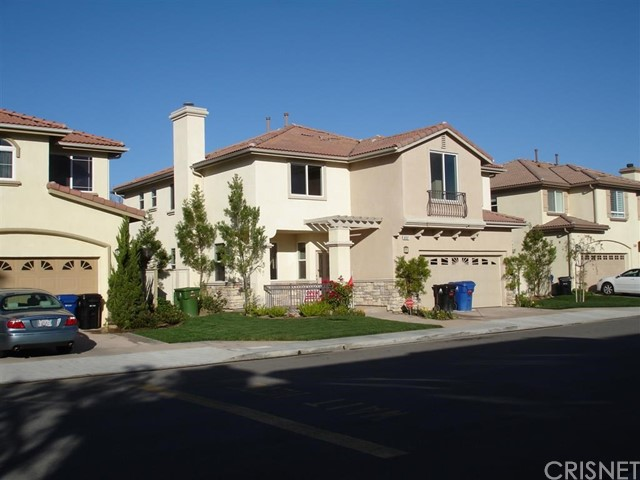 Single Family Home for Sale at 8507 Browns Creek Lane Canoga Park, California 91304 United States