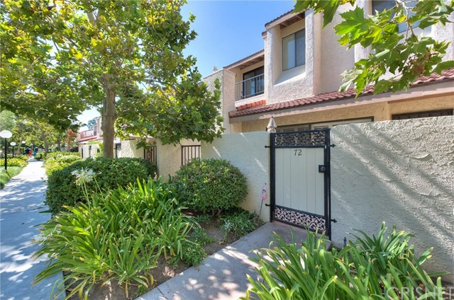 18130 Oxnard Street 72 , CA 91356 is listed for sale as MLS Listing SR18192570