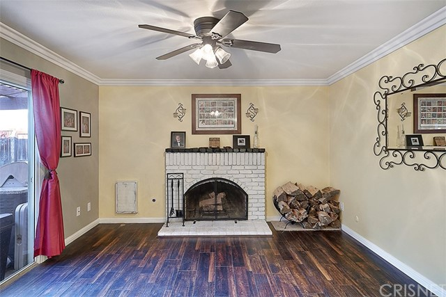 25083 Green Mill Avenue Newhall, CA 91321 - MLS #: SR18066226