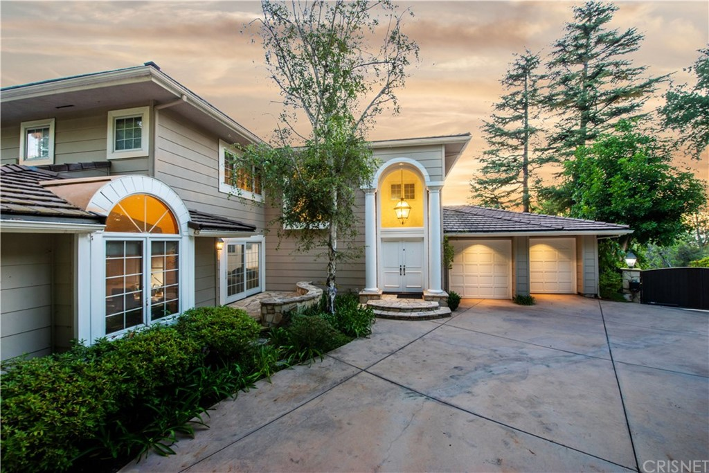 Photo of 4338 BERGAMO DRIVE, Encino, CA 91436