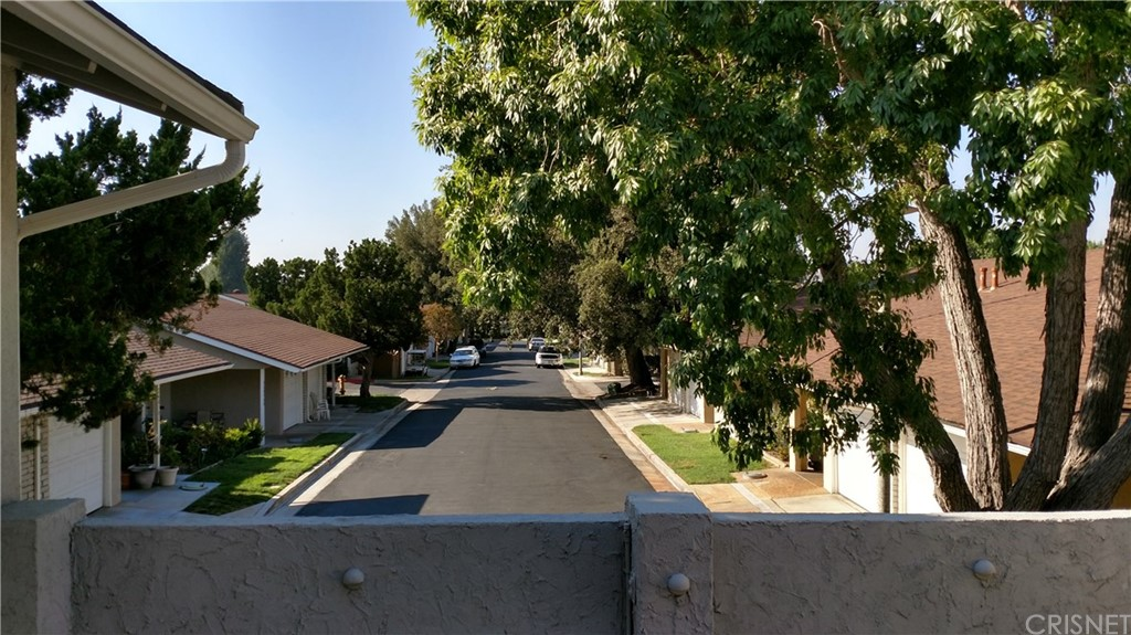 18915 CIRCLE OF FRIENDS, Newhall, CA 91321