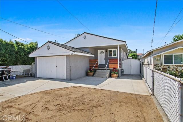 8614 Wentworth Street, Sunland CA: http://media.crmls.org/mediascn/92cedb73-5e03-4570-85df-a434d0c361a2.jpg