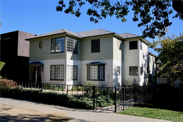 2910 Montana Ave B, Santa Monica, CA 90403