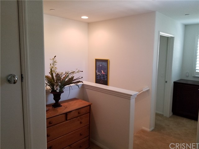 20252 Pienza Lane, Porter Ranch CA: http://media.crmls.org/mediascn/932344ee-f583-4e02-8428-4dca6041f183.jpg