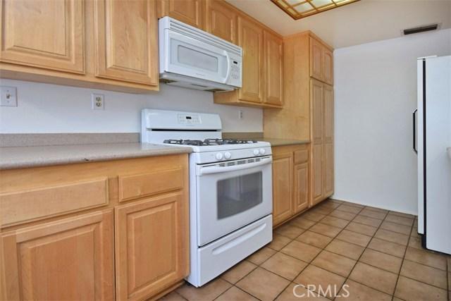 6221 1/2 Nita Avenue, Woodland Hills CA: http://media.crmls.org/mediascn/93294c97-f41c-491d-88f0-c73650d5a8b7.jpg