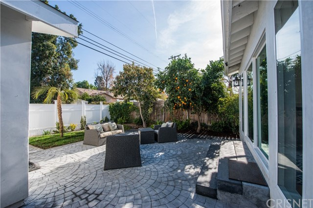 5908 Lindley Avenue Encino, CA 91316 - MLS #: SR18000597