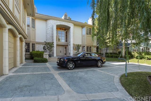 Single Family Home for Sale at 20637 Kingsboro Way Woodland Hills, California 91364 United States