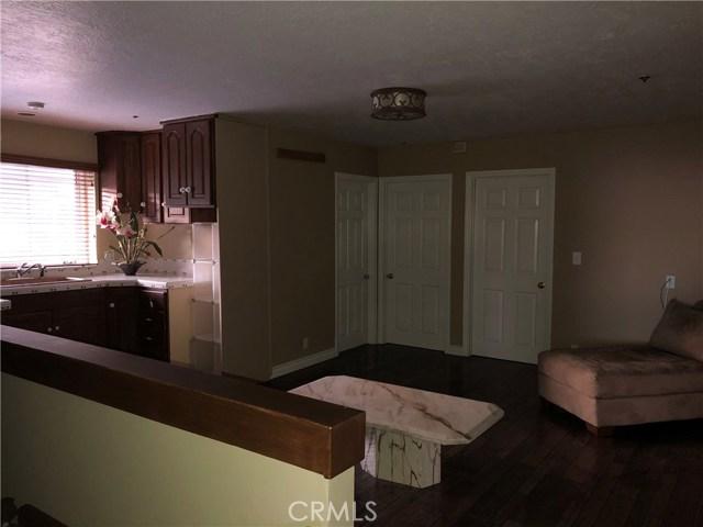 333 Moonrise Drive, Malibu CA: http://media.crmls.org/mediascn/93c69564-0059-4465-b57e-92da513cdf43.jpg