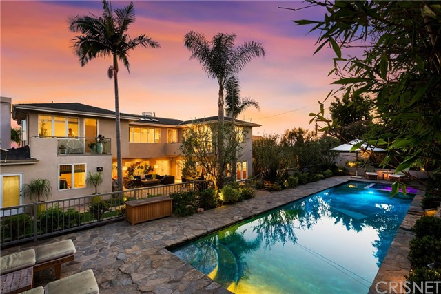873 Berkeley St, Santa Monica, CA 90403 Photo 3