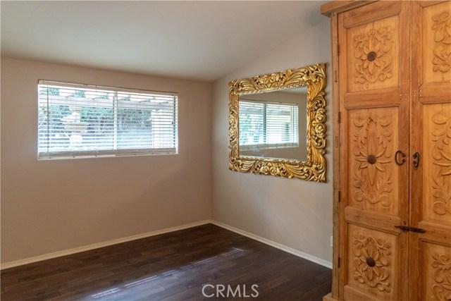 17219 Warrington Drive, Granada Hills CA: http://media.crmls.org/mediascn/93f37546-6895-4596-97e8-6496304e8aaa.jpg