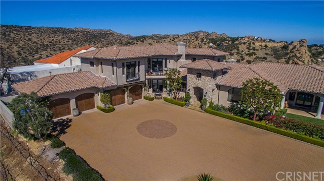 Single Family Home for Sale at 15 Mustang Lane Bell Canyon, California 91307 United States