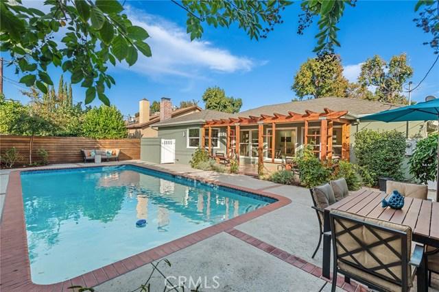 4631 Nagle Avenue, Sherman Oaks CA: http://media.crmls.org/mediascn/942073b9-36a2-429c-a82e-88a4e7803f8d.jpg