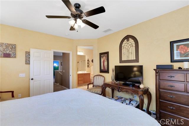 440 Arborwood Street, Fillmore CA: http://media.crmls.org/mediascn/944a3325-db5a-4e82-a19d-f672dcde9ad6.jpg