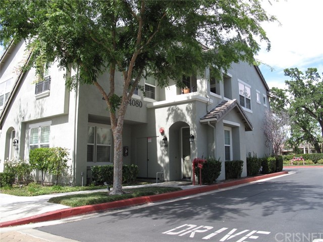 24080 Meadowbrook Lane, Valencia CA 91354