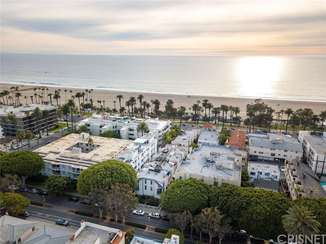 934 2nd St, Santa Monica, CA 90403 Photo 23