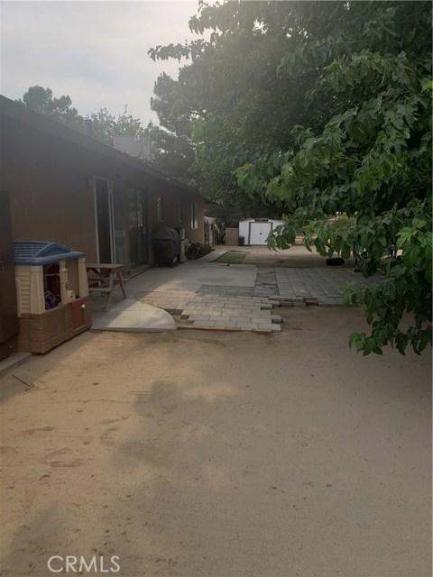 10105 E Avenue R6, Littlerock CA: http://media.crmls.org/mediascn/94f9ca77-c967-42ad-902f-36cc78bb7f8d.jpg