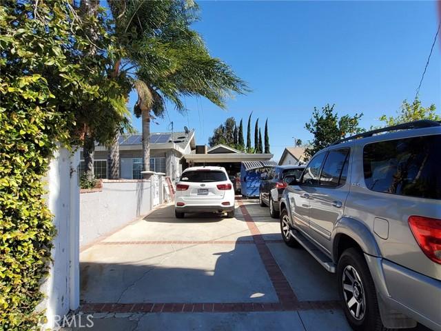 10609 Reseda Boulevard, Northridge CA: http://media.crmls.org/mediascn/951b2fb0-8203-49f6-9680-b9adffe46409.jpg
