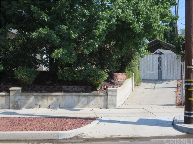 10836 Chimineas Avenue, Porter Ranch CA: http://media.crmls.org/mediascn/95841de4-2276-4697-8557-d6e462e05093.jpg