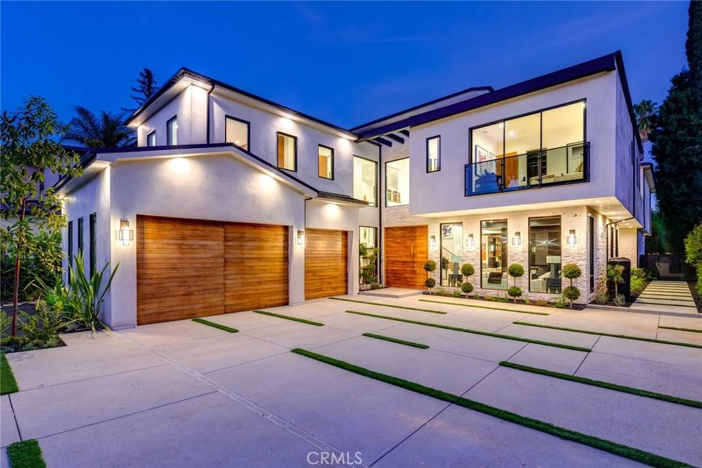 Photo of 4544 WOODLEY Avenue, Encino, CA 91436
