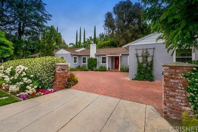 4242 SAUGUS Avenue, Sherman Oaks, CA 91403