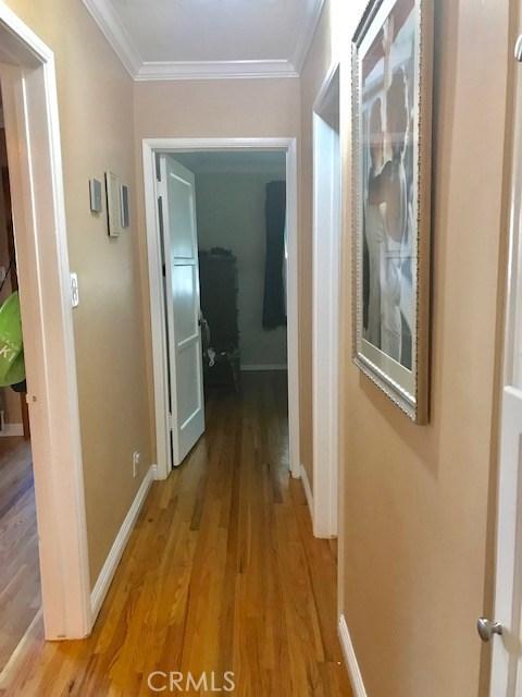 6857 Quakertown Avenue, Winnetka CA: http://media.crmls.org/mediascn/960fb8b2-c617-44f4-9b41-07f9059a8b75.jpg